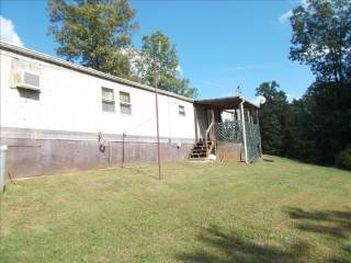 491 Jeffries Road, Poca, WV 25159