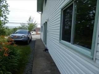 1060  1062  Sackville Drive, Middle Sackville, NS B4E 1S4