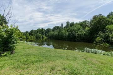 413 Robins Trail, Westmoreland, TN 37186