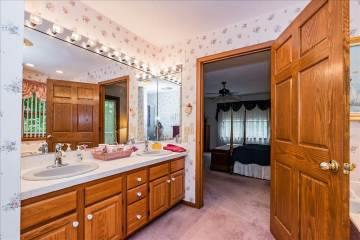 158 South Kings Rd, Marthasville, MO 63357