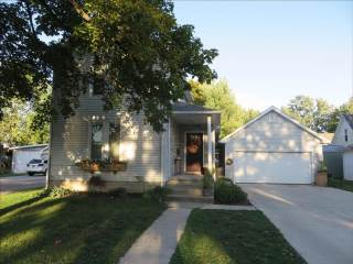 204 N Madison St, Delta, OH 43515