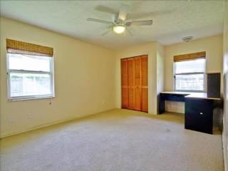 630 Penn National Rd, Seffner, FL 33584