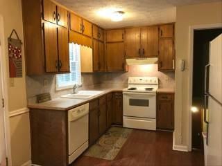 605 Davis Rd, Lawrenceville, GA 30046