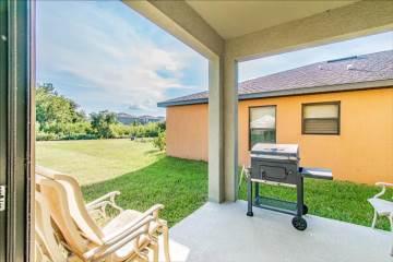 14457  Alistar Manor Dr, Wimauma, FL 33598