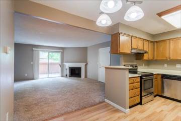 3322 S Ammons Bldg 7, Lakewood, CO 80227