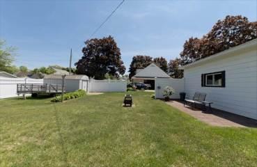 204 Harrison St, Marinette, WI 54143