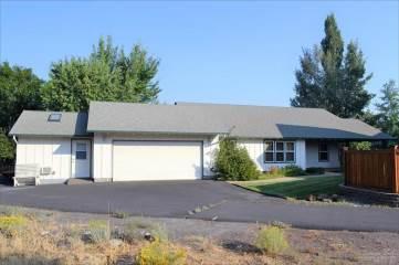2741 Ne Red Oak Drive, Bend, OR 97701