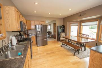 11052 76Th St S, Franklin, WI 53132