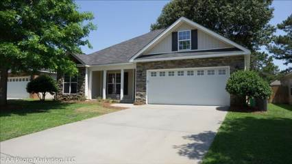 202 Weatherwood Road, Kathleen, GA 31047