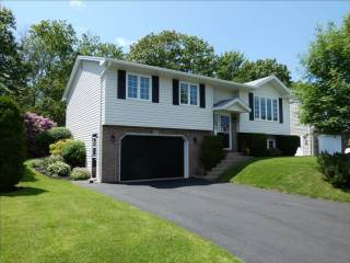 Photo of 1 Hillview Drive  Dartmouth  NS