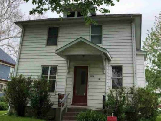 2024 Grand Avenue, Davenport, IA 52803