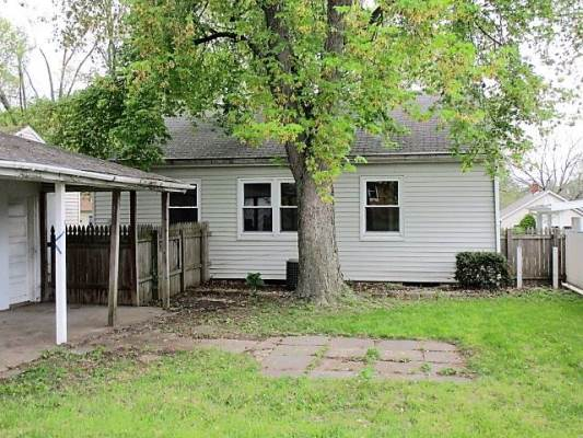 1502 S 4Th Street, Pekin, IL 61554