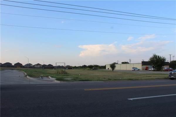 1250 Sycamore School Road, Fort Worth, TX 76134