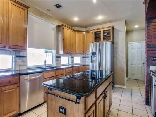 3248 Shady Glen Drive, Grapevine, TX 76051