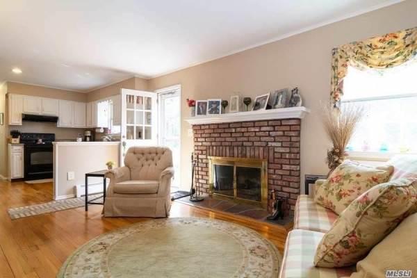 1400 Wunneweta Rd, Cutchogue, NY 11935
