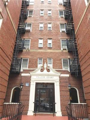 3524 72Nd St, Jackson Heights, NY 11372