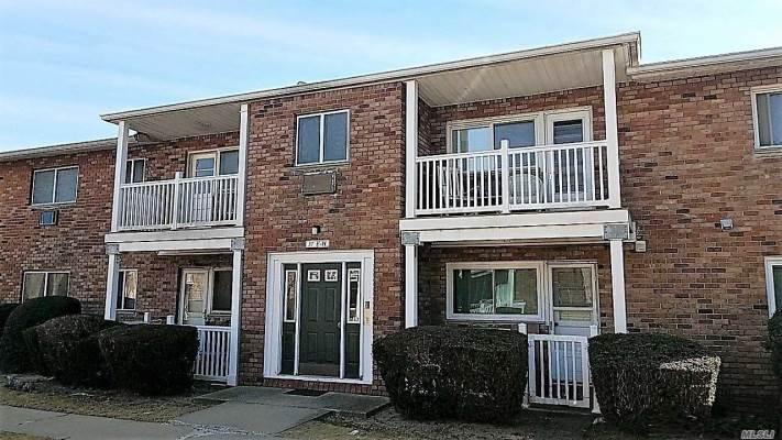 57 Adams Rd, Central Islip, NY 11722