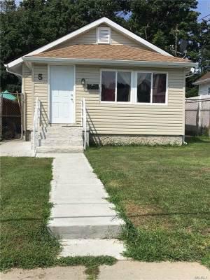 5 Shonnard Ave, Freeport, NY 11520