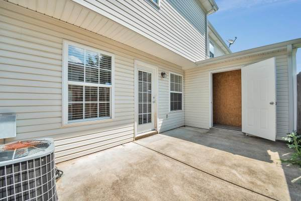2505 Comanche Way, Murfreesboro, TN 37128