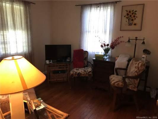 40 Calhoun Avenue, Trumbull, CT 06611