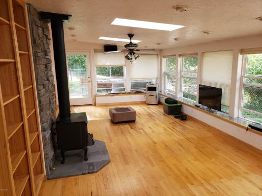 2040 Middle Bear Creek Rd, Victor, MT 59875
