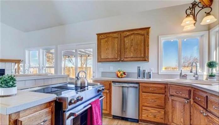 1890 Knight Court, Mountain Home, ID 83647