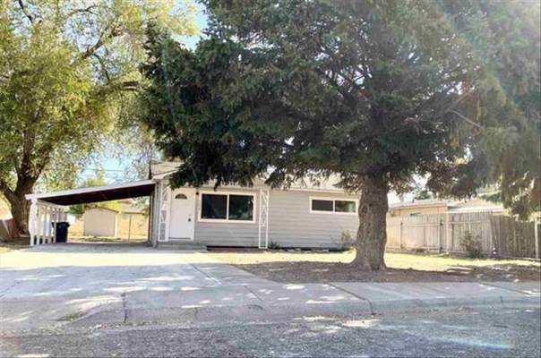 204 Baker Dr, Mountain Home, ID 83647