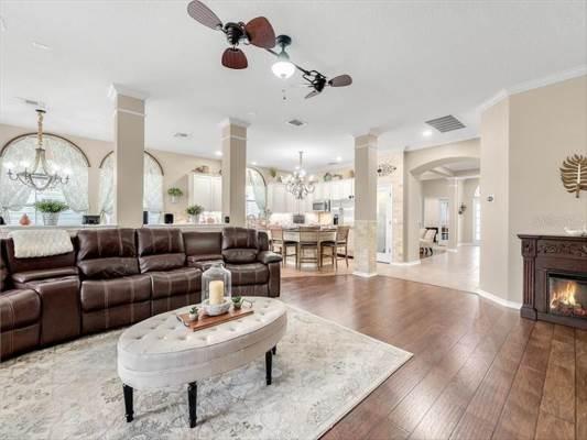 117 Ivydale Manor Dr, Deland, FL 32724