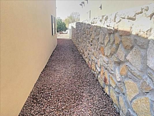 1940 Santa Ines, Las Cruces , NM 88011