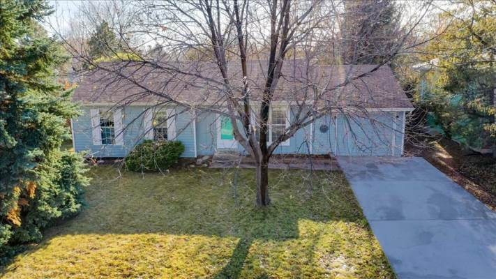 525  Goldeneye Dr, Fort Collins, CO 80526