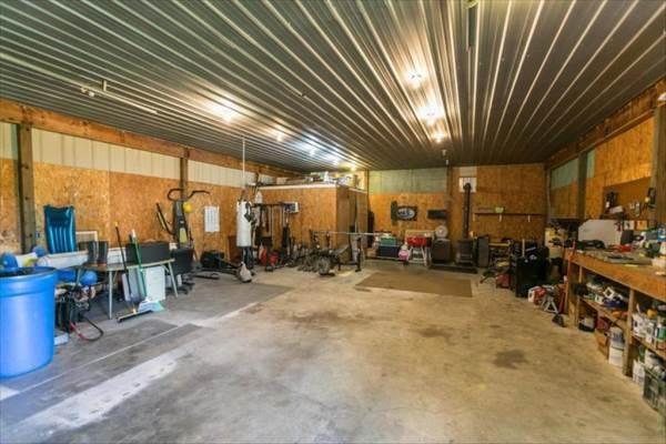 6467 South Farm Road 249, Rogersville, MO 65742