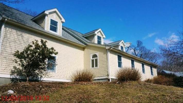 4 Giovanni Drive, Waterford, CT 06385