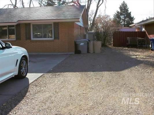985 E 17Th North, Mountain Home, ID 83647