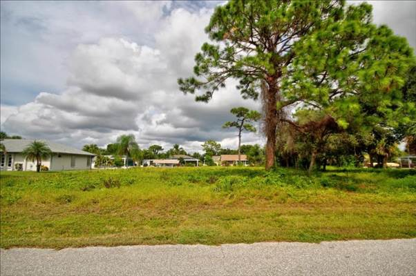 2577 Oberon Road, Englewood, FL 34224