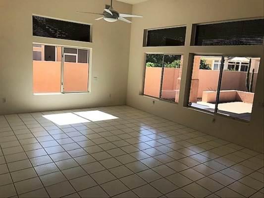 18254 N 136Th Ave, Sun City West, AZ 85375