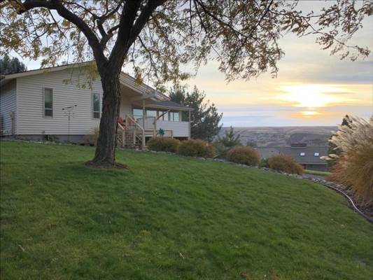 3630 Country Club Court, Lewiston, ID 83501