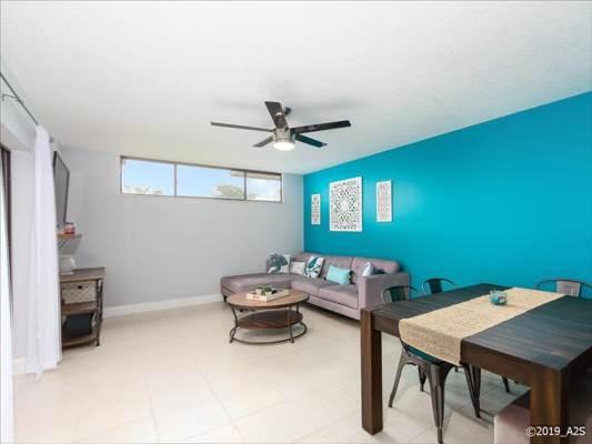 8321 Trent Ct, Boca Raton, FL 33433