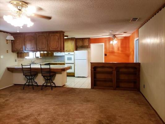 1907 Arizona Ave, Alamogordo, NM 88310