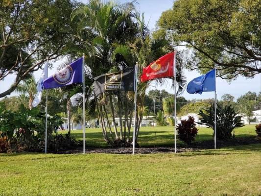 9208 140Th Way, Seminole, FL 33776