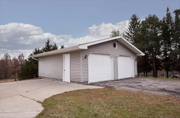 N2890 Bay De Noc Drive, Menominee, MI 49858