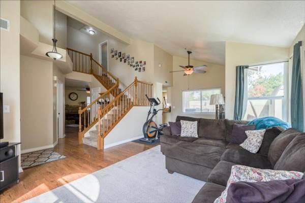287 Castile Ln, Turlock, CA 95382