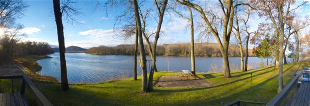23287  Lake Road, Trempealeau, WI 54661
